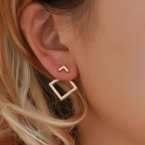 Jewelry - Gold square ear jacket earring, place behind ear
